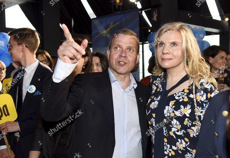 Chairman Petteri Orpo and wife Niina Kanniainen-Orpo