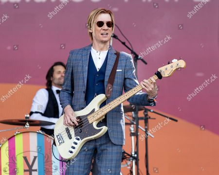 Stock Image of Vintage Trouble - Rick Barrio Dill