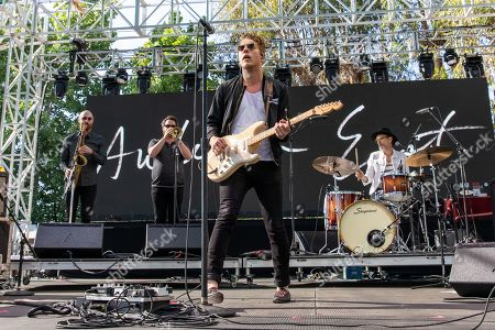 Anderson East - Michael Cameron East