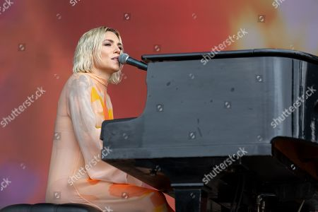 Skylar Grey - Holly Brook Hafermann