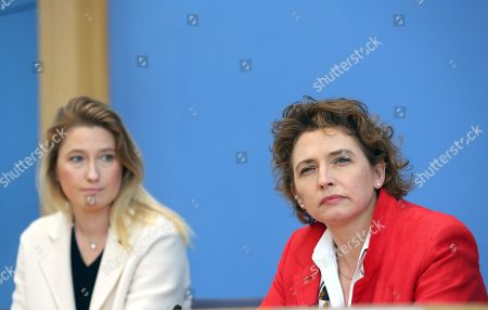 Lencke Steiner, lead candidate for the German Free Democrats (FDP) party in Bremen (L), and Nicola Beer, lead candidate for the FDP in the European parliamentary elections, attend a news conference at the Bundespressekonferenz in Berlin, Germany, 27 May 2019. European parliamentary election results, with the highest voter turnout in at least 20 years, were announced the previous evening.