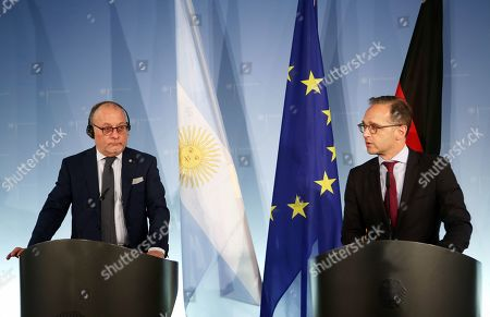 Argentine Foreign Minister Jorge Marcelo Faurie (L) and German Foreign Minister Heiko Maas (R) give a joint press conference on their meeting in Berlin, Germany, 27 May 2019. The German and Argentine foreign ministers met to discuss topics including the upcoming German-Latin American/Carribean conference.