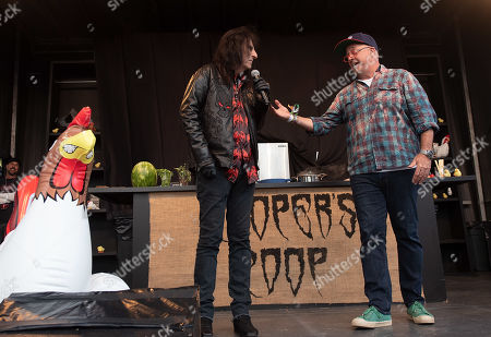 Alice Cooper and Andrew Zimmern
