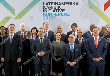 Stock Photo of German Foreign Minister Heiko Maas (2-L) poses with the counterparts of Mexico, Marcelo Luis Ebrard Casaubon (L), of Argentina, Jorge Faurie (2-R), of Chile, Roberto Ampuero (R) and other participants in the Latin America-Caribbean Conference in Berlin, Germany, 28 May 2019. A group of Foreign Ministers from Latin America and the Caribbean (LAC) took part in the conference, which focuses on stronger international cooperation based on the rule of law in areas such as climate change, scientific cooperation, economic relations and women's rights.