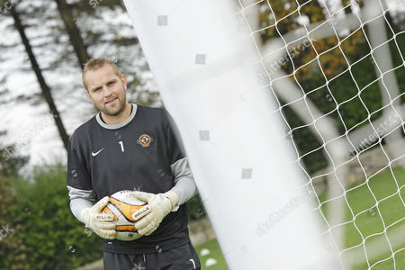 Nicky Weaver