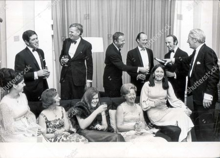 Mr Edward Heath Celebrates With Crew And Wifes & Girlfriends Of Yacht Which Won Australian Race. L-r: Owen Parker Sammy Sampson John Berger Anthony Churchill Duncan Kay. Christine Wells Jane Sampson Alison Churchill Emi Berger And Elizabeth Miller. Rexmailpix