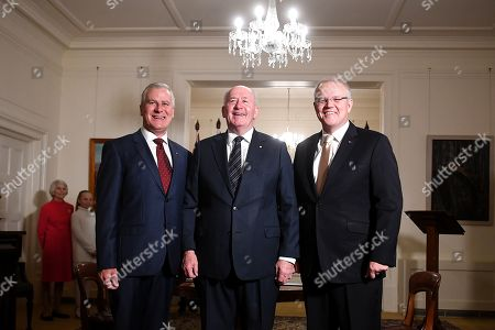 Australian Deputy Prime Minister Michael McCormack (L), Australian Prime Minister Scott Morrison (R) and Governor-General Sir Peter Cosgrove (C) pose for photos during a swearing in ceremony at Government House in Canberra, Australia, 29 May 2019. The 46th Australian parliament is expected to open in the first week of July, 2019.