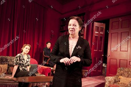 'Mrs Klein' - Zoe Waites (Melitta), Nicola Walker (Paula), Clare Higgins (Mrs Klein)