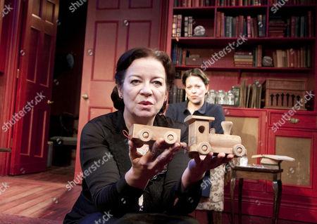 'Mrs Klein' - Clare Higgins (Mrs Klein), Nicola Walker (Paula)