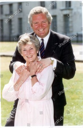 Jeremy Hanley - Politician Actress Dinah Sheridan With Her Son Jeremy-minister For Armed Forces... Pkt3875-292049