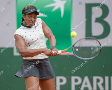 Sloane Stephens (USA) in action against Sara Sorribes Tormo (ESP).