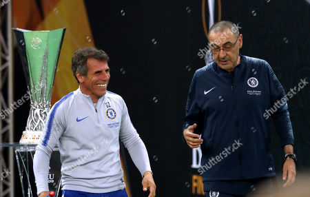 Manager Maurizio Sarri and Coach Gianfranco Zola of Chelsea