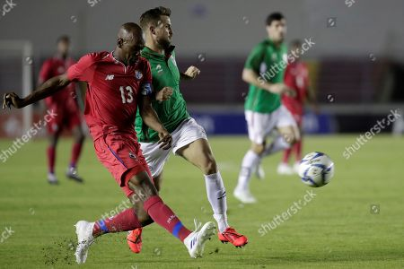Panama's Adolfo Machado (L) vies for the ball with Basque Country's Mikel Balenziaga (C) during a friendly soccer match between Panama and Basque Country at the National stadium Rommel Fernandez in Panama City, Panama, 29 May 2019.