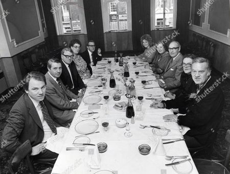 Stock Image of Reginald Bosanquet's Last Supper At Bertorelli's. Ltor Peter Sissons Leonard Parkin Sally Reyburn Jo Redding Alf Wilson Nikki Moss Diane Edwardes-jones Bob Verral Jane Bray And Reggie Bosanquet (died 05/1984)