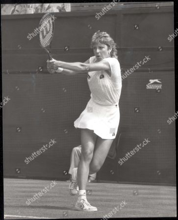Chris Evert 1984 Chris Lloyd At Wimbledon Today (1st Round Match)...tennis Player