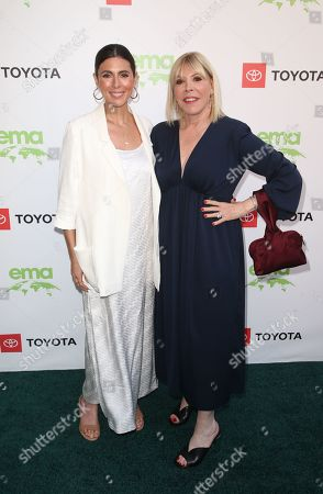 Jamie-Lynn Sigler, Debbie Levin