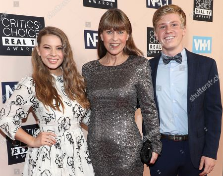 Bindi Irwin, Terri Irwin and Robert Irwin