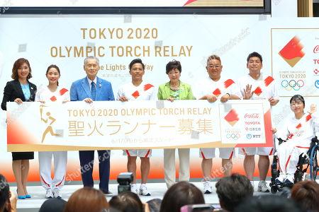 (L-R) Miho Takeda, Satomi Ishihara, Yoshiro Mori, Tadahiro Nomura, Yuriko Koike, Mikio Date, Takeshi Tomizawa, Aki Taguchi