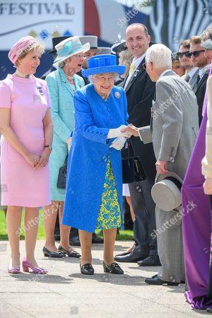 Queen Elizabeth II, Lester Piggott