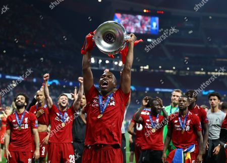 Daniel Sturridge of Liverpool at the end with the trophy