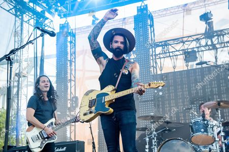 Chris Carrabba of Dashboard Confessional performs at the Bunbury Music Festival, in Cincinnati