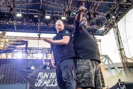 El-P, Killer Mike. El-P, left, and Killer Mike of Run The Jewels perform at the Bunbury Music Festival, in Cincinnati