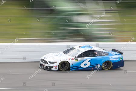 Monster Energy NASCAR Cup Series driver Ryan Newman (6) speeds down the straightaway during the Pocono 400 at Pocono Raceway in Long Pond, PA Daniel Lea/CSM