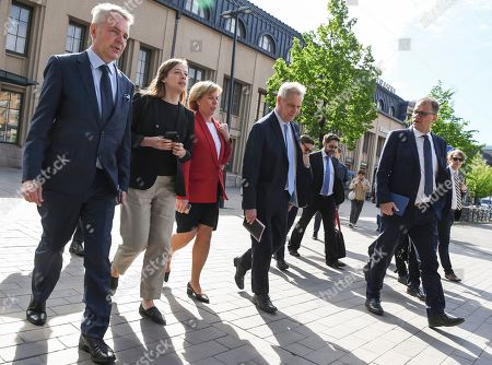 (L-R) Green Party leader Pekka Haavisto, Left Alliance leader Li Andersson, Swedish People's Party of Finland leader Anna-Maja Henriksson, Democratic Party leader Antti Rinne and Centre Party leader Juha Sipila on their way to a press conference announcing the new Finnish Government Programme at Helsinki Central Library Oodi in Helsinki, Finland, 03 June 2019.