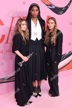 Ashley Olsen, Jessica Williams and Mary-Kate Olsen