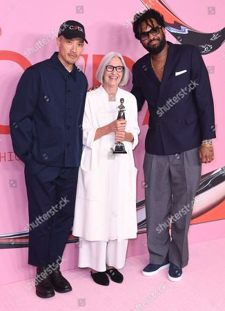 Stock Picture of Dao-yi Chow, Eileen Fisher and Maxwell Osborne