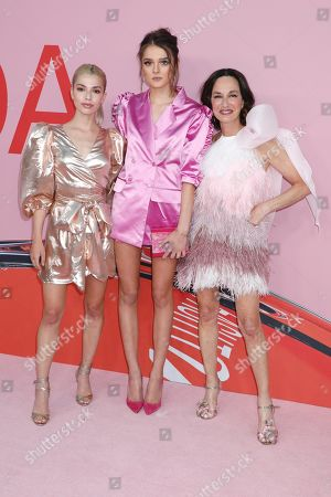 Stock Picture of Kit Keenan, Charlotte Lawrence, Cynthia Rowley