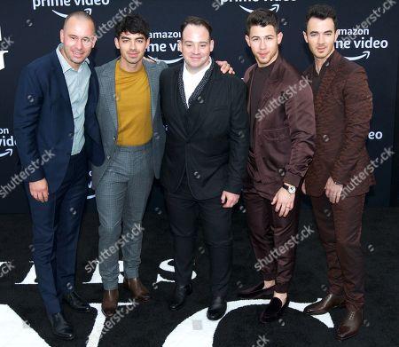 Joe Jonas, Paul Kevin Jonas, Sr., Denise Miller-Jonas, Nick Jonas and Kevin Jonas