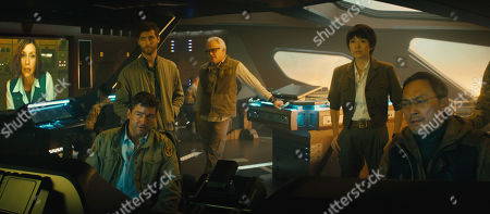 Kyle Chandler as Mark Russell, Thomas Middleditch as Sam Coleman, Bradley Whitford as Dr. Rick Stanton, Zhang Ziyi as Dr. Ilene Chen and Dr. Ling and Ken Watanabe as Dr. Ishiro Serizawa