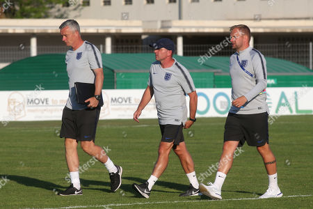 England Manager, Paul Simpson (centre) walks towards the dressing room at half time during England Under-20 vs Portugal Under-19, Tournoi Maurice Revello Football at Stade d'Honneur Marcel Roustan on 4th June 2019