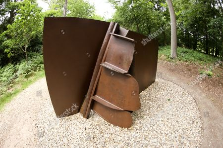 'Cliff Song' by Anthony Caro