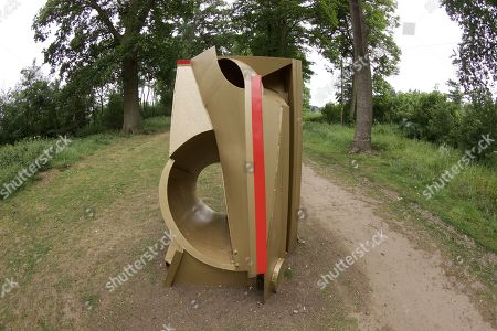 'Box Tent' by Anthony Caro