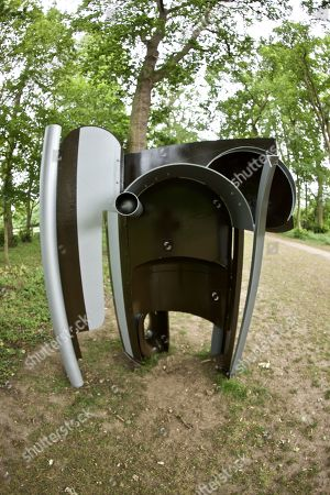 'Rip Cord' by Anthony Caro