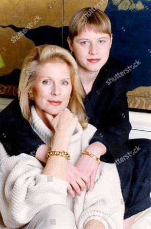 Domino Harvey and mother Paulene Stone