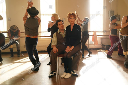 Tyler Hanes as Jerry Orbach and Michelle Williams as Gwen Verdon