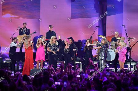 Deana Carter, Trisha Yearwood, Brandi Carlile, Tanya Tucker, Martina McBride, Lauren Alaina and RaeLynn