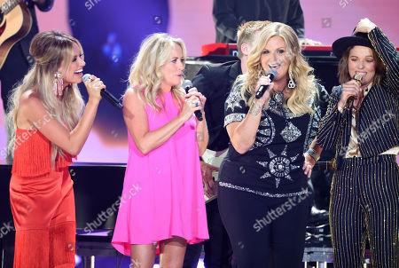 Deana Carter, Trisha Yearwood and Brandi Carlile,