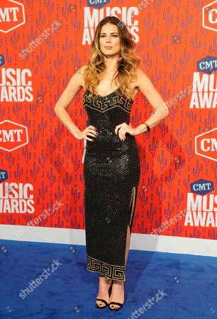 Twinnie-Lee Moore arrives at the CMT Music Awards, at the Bridgestone Arena in Nashville, Tenn