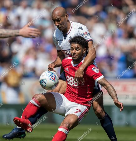 Football: Championship: Bolton Wanderers 3 Nottingham Forest 2. Bolton Avoid Relegation. Bolton's Karl Henry & Forest's Liam Bridcutt Picture By Ian Hodgson/daily Mail.
