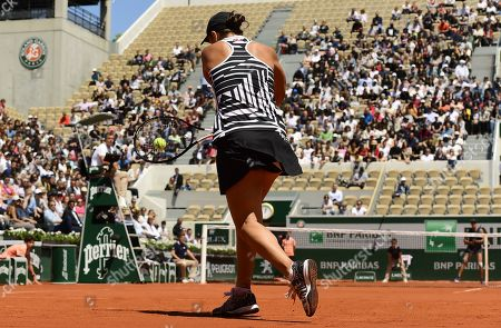 Ashleigh Barty of Australia plays Madison Keys of the USA during their women?s quarter final match during the French Open tennis tournament at Roland Garros in Paris, France, 06 June 2019.