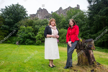 Fiona Hyslop with local councillor Evelyn Tweed