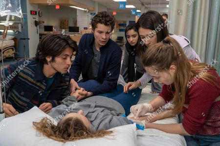 Jose Julian as Gordie, Toby Wallace as Campbell Eliot, Salena Qureshi as Bean, Natasha Liu Bordizzo as Helena and Kristine Froseth as Kelly Aldrich