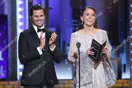 Andrew Rannells and Sutton Foster