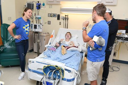 Olivia Wilde, Kevin Rahm and Nate Bargatze and a Children's Mercy Hospital patient