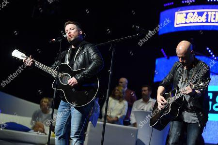 David Cook and Chris Daughtry