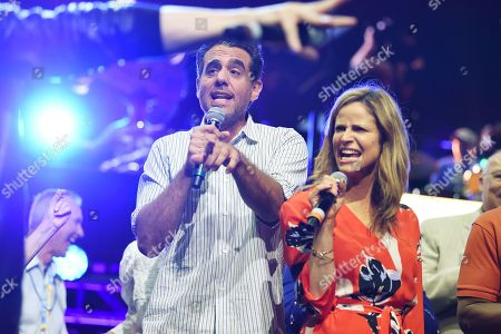 Bobby Cannavale and Andrea Savage